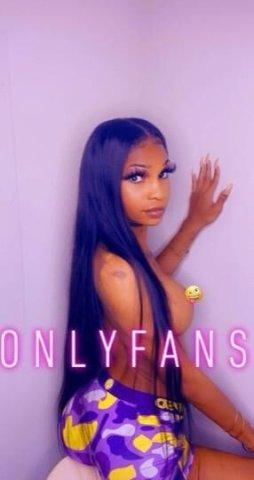 Tampa's Favorite Transgender Rumour Roxx. 100% Real! Cum Horny, Leave Happy - 4