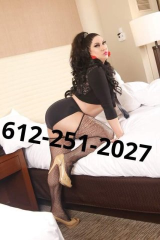 VISITING NOW TEWKSBURY TS JULISSA LOVE KISSES DOT MISS OUT - 4