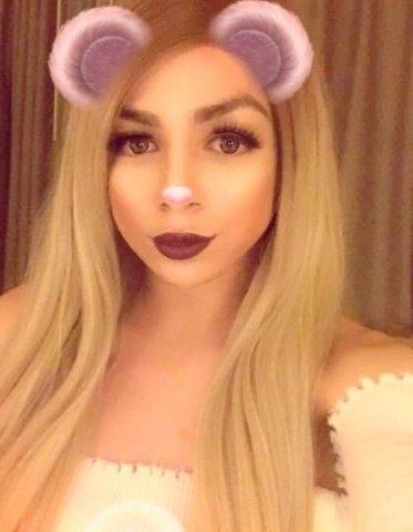 Transexual Audrey HABLO Espanol 👅🌹👀 - 3