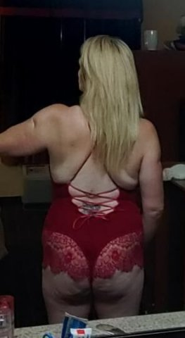 ! Hot wet and so fukin ready. Cum see me - 2