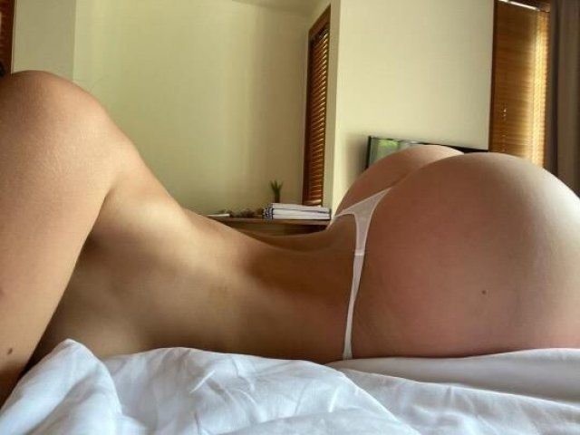 BOTH INCALLS AND OUTCALLS SERVICES AVAILABLE - 1