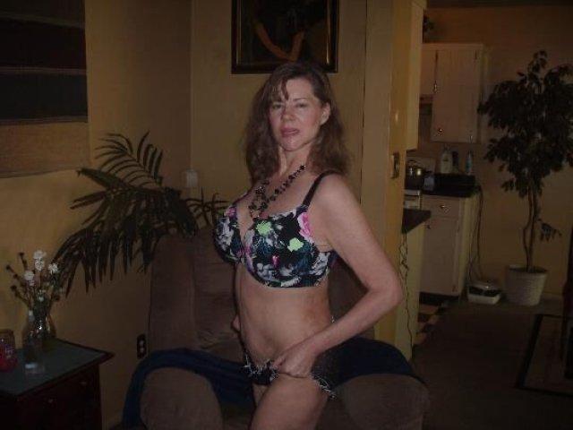 HONEST POST (( ELLIE ANN )) 51 years Older LADY. - 2