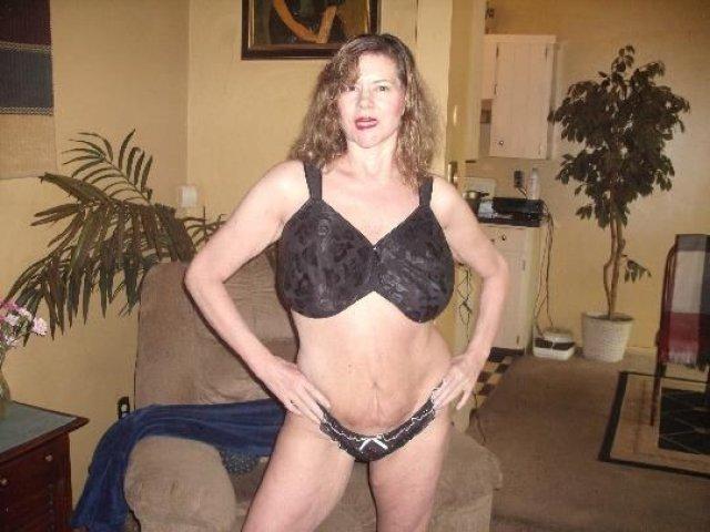 HONEST POST (( ELLIE ANN )) 51 years Older LADY. - 6