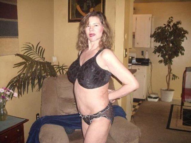 HONEST POST (( ELLIE ANN )) 51 years Older LADY. - 7