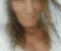 Panama City female escort - ENCHANTING BLONDE MILF
