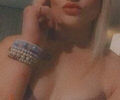 Hilton Head female escort - Let's Have Some Fun Gentleman! HARDEEVILLE