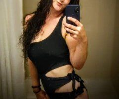 Lafayette female escort - Let's get together tonight! Laylas feeling lonely!