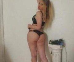 Lafayette female escort - New in town blonde YouTube vlogger