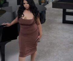 Medford female escort - Your favorite curvy companion visiting for a limited time