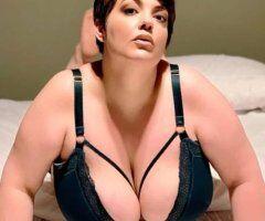 Portland female escort - MIA More - Sensual, Soft, Accepting *9/27-29*