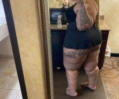 Detroit female escort - Juicy at its finest💦🍑🍑💦