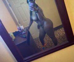 Detroit female escort - Juicy wet fat peach 🍑 sloppy deepthroat nasty blowjobs, get at me.