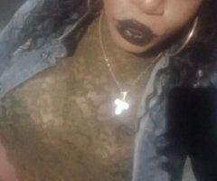 Brooklyn TS escort female escort - Juicy BBJ Guzzle Queen