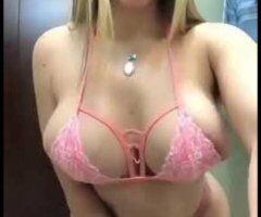 Dallas female escort - viki