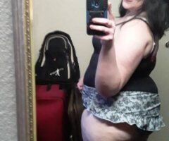 Cincinnati female escort - start the weekend completely stress free, Will take al that stress away!!!!! BEST EVER!!!! come see me and let me help you relax and release some stress!! Smashley is not something you'd 4get!